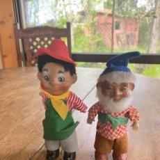 Muñecas Extranjeras: LOTE 2 MUÑECOS AÑOS 50 - GNOMO Y NIÑO. Lote 252602095