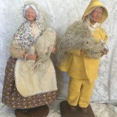 Muñecas Extranjeras: SANTONES PROVENZALES FIGURAS TERRACOTA PAREJA. Lote 261932150