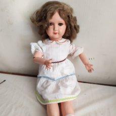 Bambole Internazionali: ANTIQUÍSIMA MUÑECA ARTICULADA OJOS DE CRISTAL. Lote 272954038
