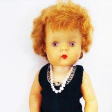 Bambole Internazionali: ANTIGUA MUÑECA PELIRROJA MADE IN ENGLAND AÑOS 50. Lote 275784558