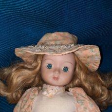 Muñecas Extranjeras: ANTIGUA MUÑECA DE PORCELANA Y TRAPO, 42 CM. Lote 277184378