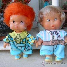 Muñecas Lesly y Barriguitas: PAREJA DE MUÑEQUITOS PRIMITOS DE FAMOSA. Lote 27505032