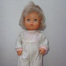 Muñecas Lesly y Barriguitas: FAMOSA - BONITA MUÑECA NENUCO VESTIDA DE ORIGEN VER FOTOS!! SBB. Lote 64880275