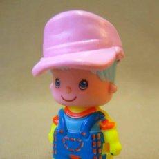 Muñecas Lesly de Famosa: FIGURA DE PLASTICO, PIN Y PON, NIÑO, FABRICADO POR FAMOSA, ESPAÑA. Lote 34597978