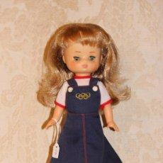 Muñecas Lesly de Famosa: LESLY DE FAMOSA TODA ORIGINAL. Lote 38367753