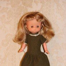 Muñecas Lesly de Famosa: LESLY DE FAMOSA TODA ORIGINAL. Lote 140408617