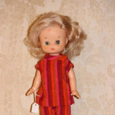 Muñecas Lesly de Famosa: LESLY DE FAMOSA PRECIOSA. Lote 38368162