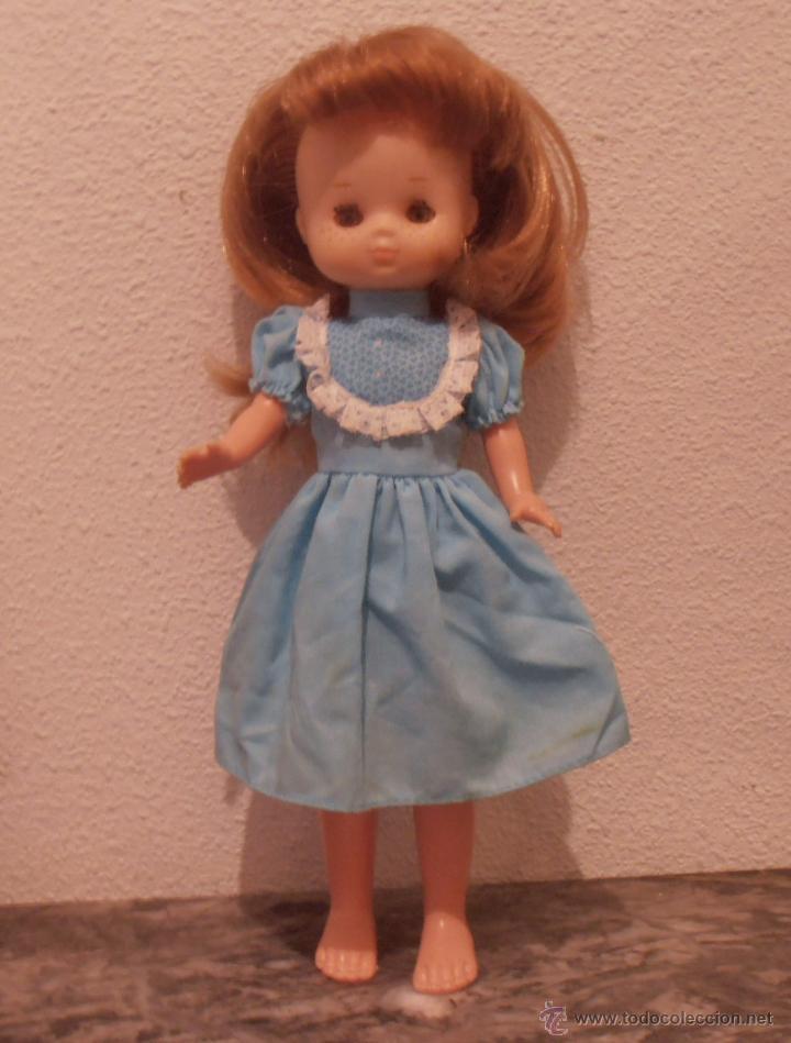 Muñecas Lesly de Famosa: MUÑECA LESLY , PELIRROJA, 10 PECAS, OJOS COLOR DE MIEL - Foto 3 - 45745578