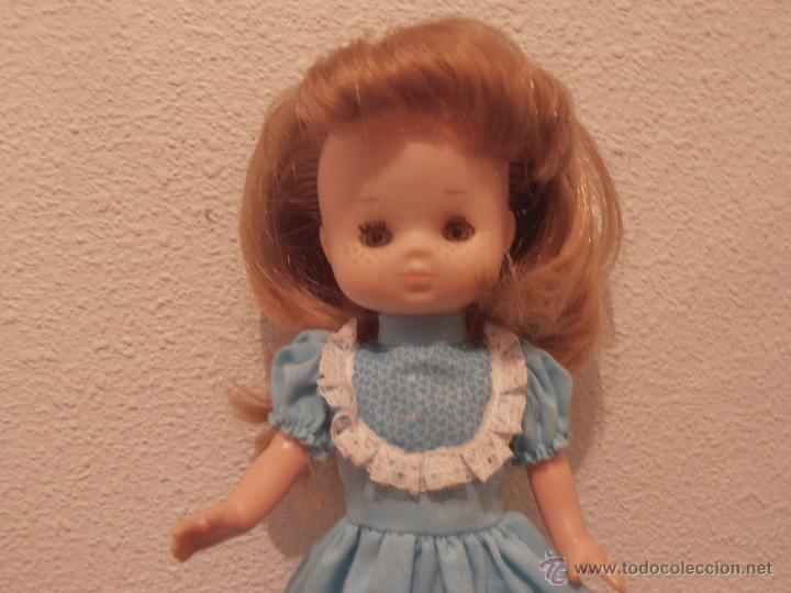 Muñecas Lesly de Famosa: MUÑECA LESLY , PELIRROJA, 10 PECAS, OJOS COLOR DE MIEL - Foto 5 - 45745578