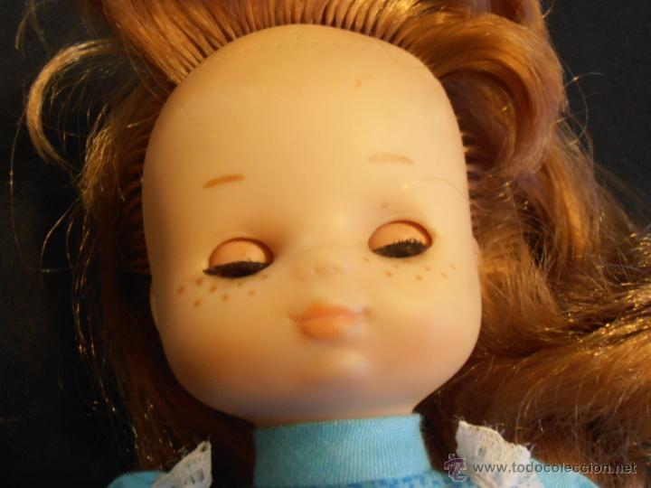 Muñecas Lesly de Famosa: MUÑECA LESLY , PELIRROJA, 10 PECAS, OJOS COLOR DE MIEL - Foto 9 - 45745578