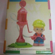 Muñecas Lesly de Famosa: PIN Y PON SERIE CIUDAD GASOLINERA REF 2303 DE FAMOSA EN CAJA. CC. Lote 49762412