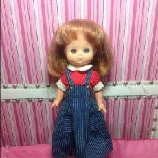 Muñecas Lesly de Famosa: CONJUNTO LESLY ANTIGUO VACACIONES. Lote 52141545