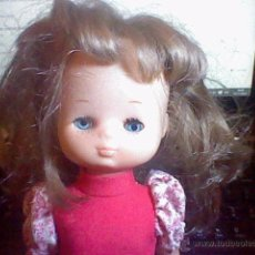 Puppen Lesly von Famosa - lesly brazo duro 10 pecas flequillo leer - 52564299