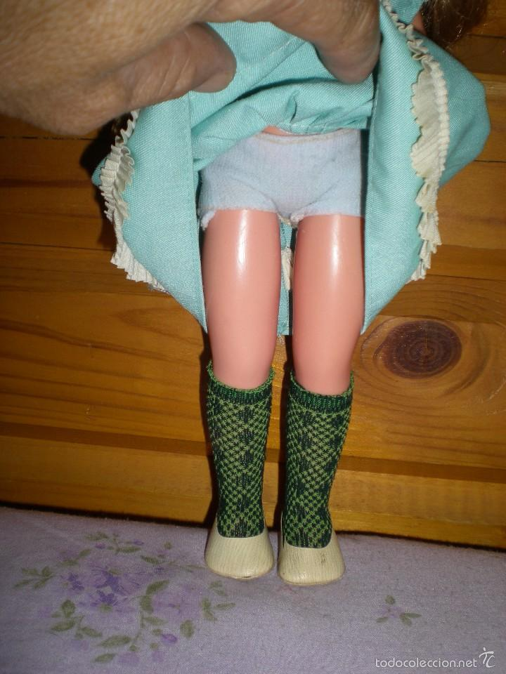 Muñecas Lesly de Famosa: lesly arona fiesta pelirroja famosa años 70 ojos cristal 10 pecas brazos duros - Foto 3 - 58386273