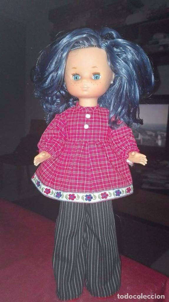 Muñecas Lesly de Famosa: Lesly nueva tuneada pelo azul rizadito - Foto 2 - 73610047