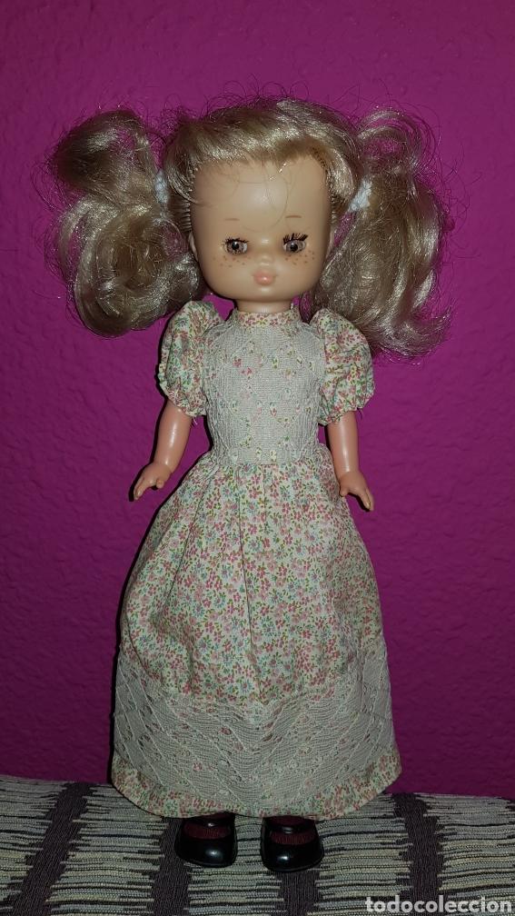 Muñecas Lesly de Famosa: Lesly 10 pecas años 70's brazos duros - Foto 4 - 99180307