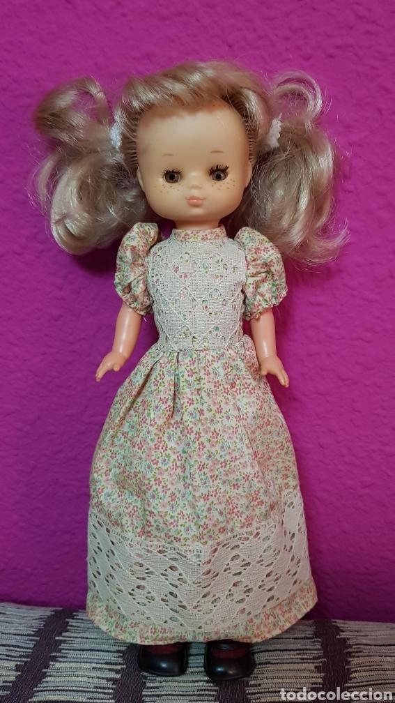 Muñecas Lesly de Famosa: Lesly 10 pecas años 70's brazos duros - Foto 6 - 99180307
