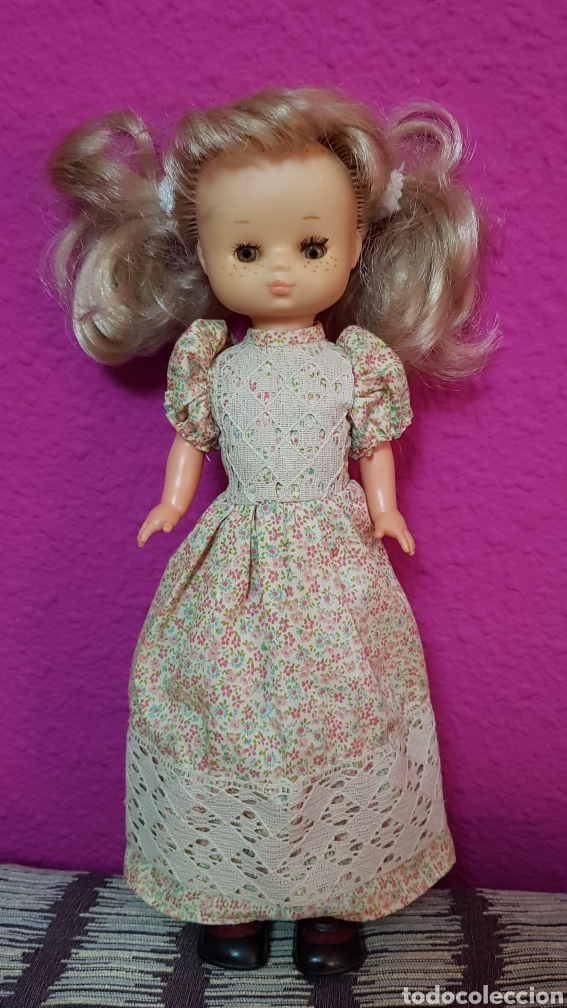 Muñecas Lesly de Famosa: Lesly 10 pecas años 70's brazos duros - Foto 7 - 99180307