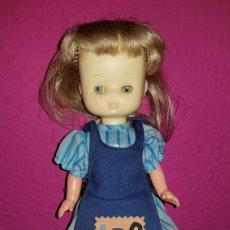 Muñecas Lesly de Famosa: LESLY AÑOS 70'S BRAZOS DUROS CONJUNTO ABC ORIGINAL. Lote 99284435