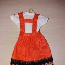 Muñecas Lesly de Famosa: ANTIGUO VESTIDO DE LESLY - AÑOS 70 - (VER FOTO ETIQUETA). Lote 104532567