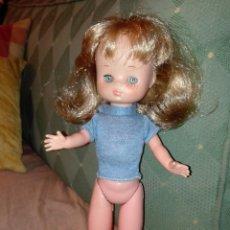 Muñecas Lesly de Famosa: LESLY- CAMISETA- MUÑECA NO INCLUIDA. Lote 111519383
