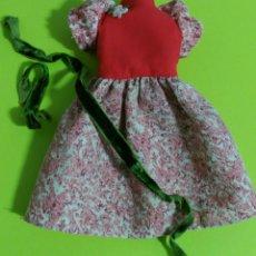 Muñecas Lesly de Famosa: VESTIDO GALA LESLY. Lote 111817902
