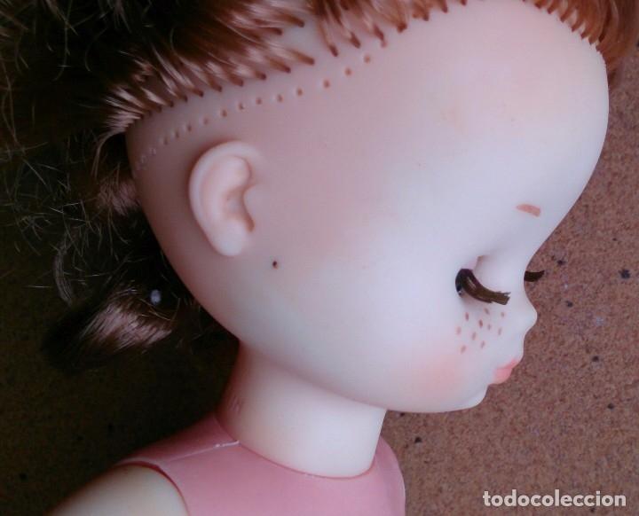 Muñecas Lesly de Famosa: Muñeca Lesly Famosa años 70 pelo corto rizado 10 pecas - Foto 6 - 113908599