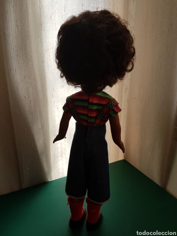 Muñecas Lesly de Famosa: Lesly negrita - Foto 3 - 116815823