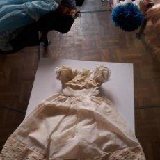 Muñecas Lesly de Famosa: VESTIDO ORIGINAL LESLY AÑOS 70-80, COLOR BLANCO VER DESCRIPCION Y FOTOS. Lote 134608770