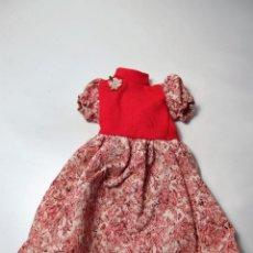 Muñecas Lesly de Famosa: MODELO VESTIDO GALA MUÑECA LESLY AÑOS 70. Lote 157329228