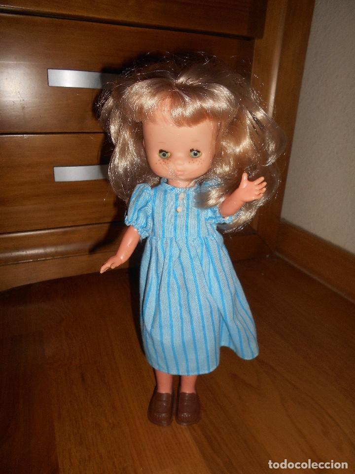 Muñecas Lesly de Famosa: LESLY RUBIA 10 PECAS AÑOS 70 TRAJE ORIGINAL BUEN ESTADO - Foto 2 - 147840330