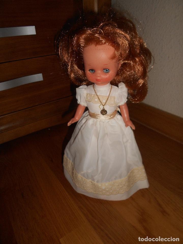 Muñecas Lesly de Famosa: Lesly pelirroja 10 PECAS flequillo de famosa de Comunión Buen estado años 70 - Foto 2 - 147846538