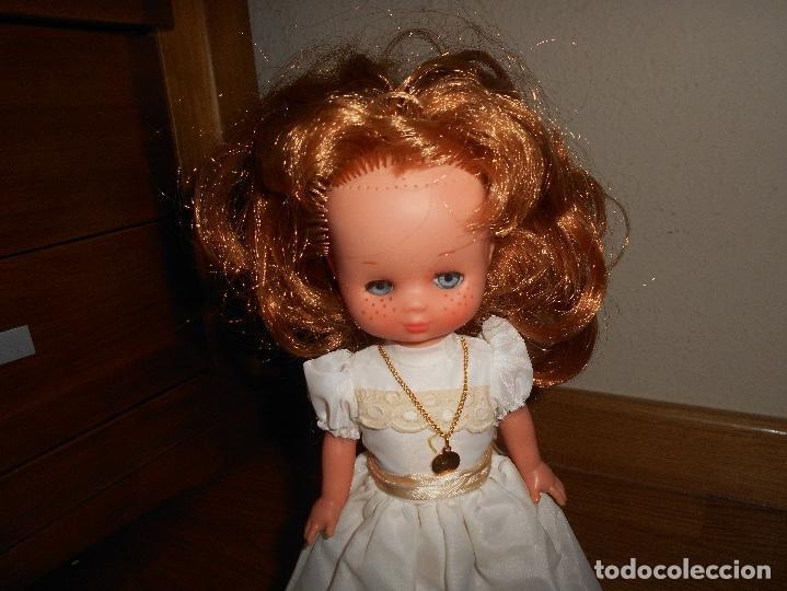 Muñecas Lesly de Famosa: Lesly pelirroja 10 PECAS flequillo de famosa de Comunión Buen estado años 70 - Foto 5 - 147846538