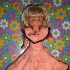 Muñecas Lesly de Famosa: BONITO VESTIDO DE GANCHILLO PARA LESLY O SIMILARES. Lote 151359470
