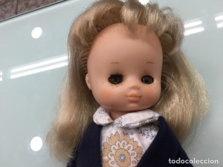 Muñecas Lesly de Famosa: Lesly con conjunto Así 10 pecas - Foto 2 - 160285074