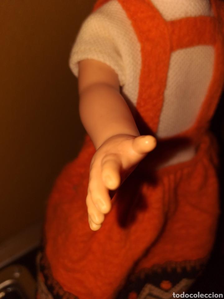 Muñecas Lesly de Famosa: Lesly hermana nancy 10 pecas pelo rizado ojos arona - Foto 3 - 160870054