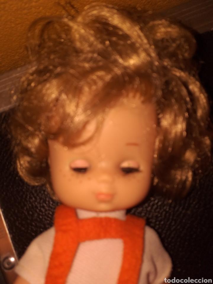 Muñecas Lesly de Famosa: Lesly hermana nancy 10 pecas pelo rizado ojos arona - Foto 8 - 160870054