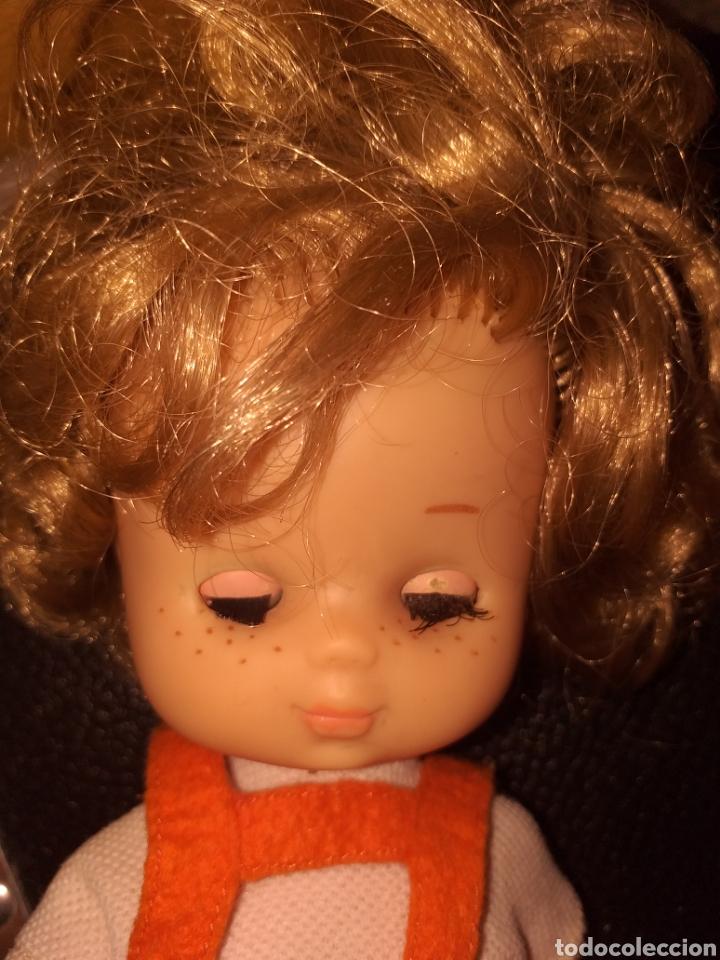 Muñecas Lesly de Famosa: Lesly hermana nancy 10 pecas pelo rizado ojos arona - Foto 9 - 160870054