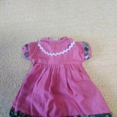 Muñecas Lesly de Famosa: VESTIDO FUCSIA LESLY. Lote 162649738