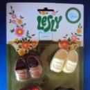 Muñecas Lesly de Famosa: (JU-190206)ZAPATOS DE LESLY Y NANCY PIE PEQUEÑO EN BLISTER PRECINTADO. DE LOS AÑOS 70.. Lote 165436313