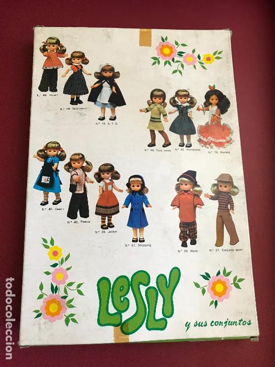 Muñecas Lesly de Famosa: CONJUNTO ARAN DE LESLY FAMOSA HERMANA NANCY AÑOS 70 EN CAJA - Foto 2 - 167752768