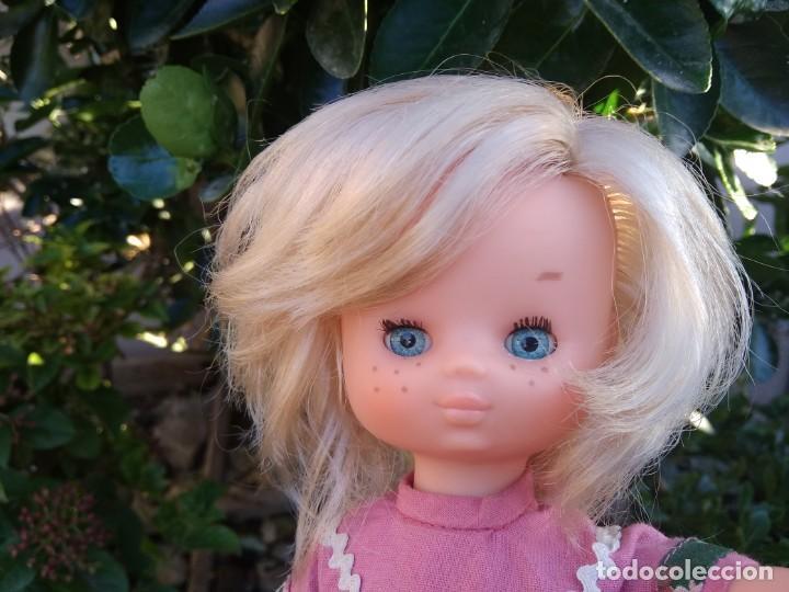 Muñecas Lesly de Famosa: Lesly Folk preciosa - Foto 4 - 168006304