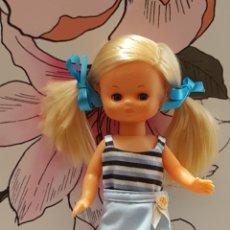 Muñecas Lesly de Famosa: CONJUNTO PARA LESLY O MUÑECAS SIMILARES. Lote 173647830