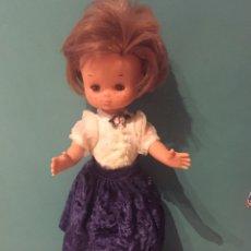 Muñecas Lesly de Famosa: MUÑECA LESLY MODELO TERCIOPELO DE 1980. Lote 174424083