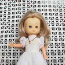 Muñecas Lesly de Famosa: ANTIGUA MUÑECA, LESLY, 10 PECAS. Lote 176421749