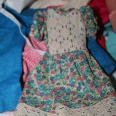 Muñecas Lesly de Famosa: VESTIDO ORIGINAL MUÑECA LESLY. Lote 176670504