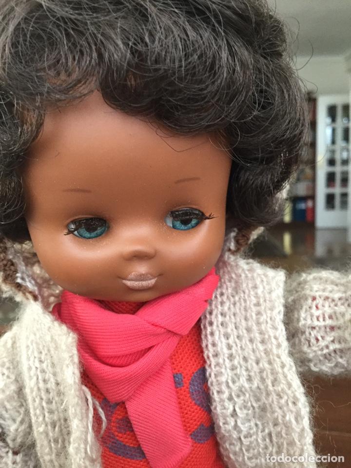 Muñecas Lesly de Famosa: Lesly negra negrita - Foto 3 - 155395252