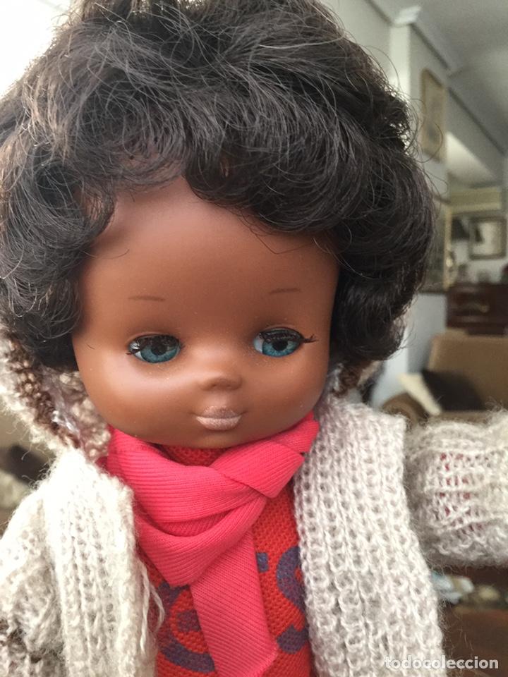 Muñecas Lesly de Famosa: Lesly negra negrita - Foto 4 - 155395252