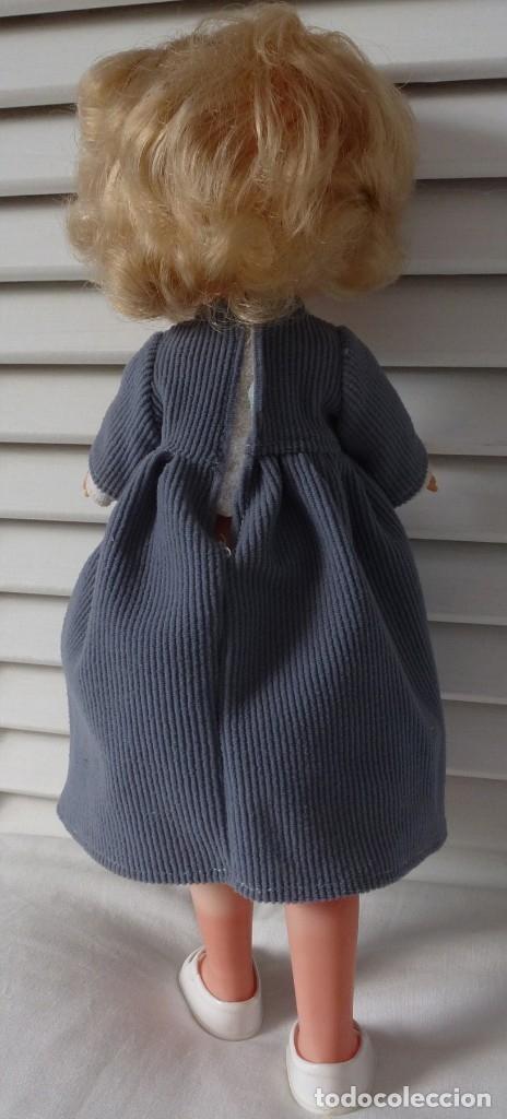 Muñecas Lesly de Famosa: LESLY 10 PECAS CON MODELO BRUMA Y CALCETINES - Foto 4 - 179102121
