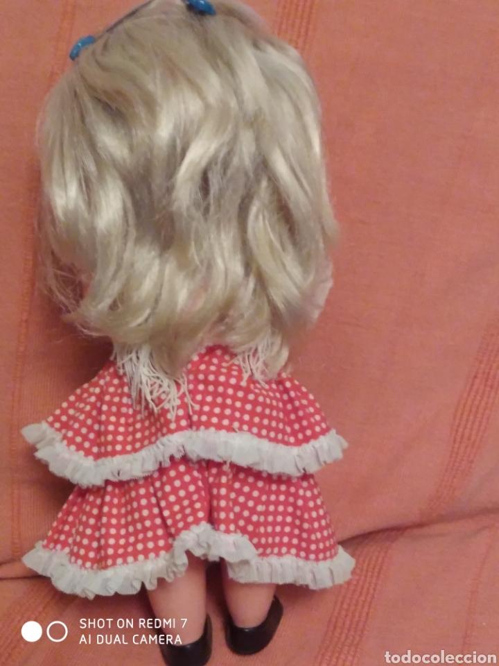 Muñecas Lesly de Famosa: Muñeca pitusa sevillana flamenca ojos azules años 70 - Foto 2 - 182806588